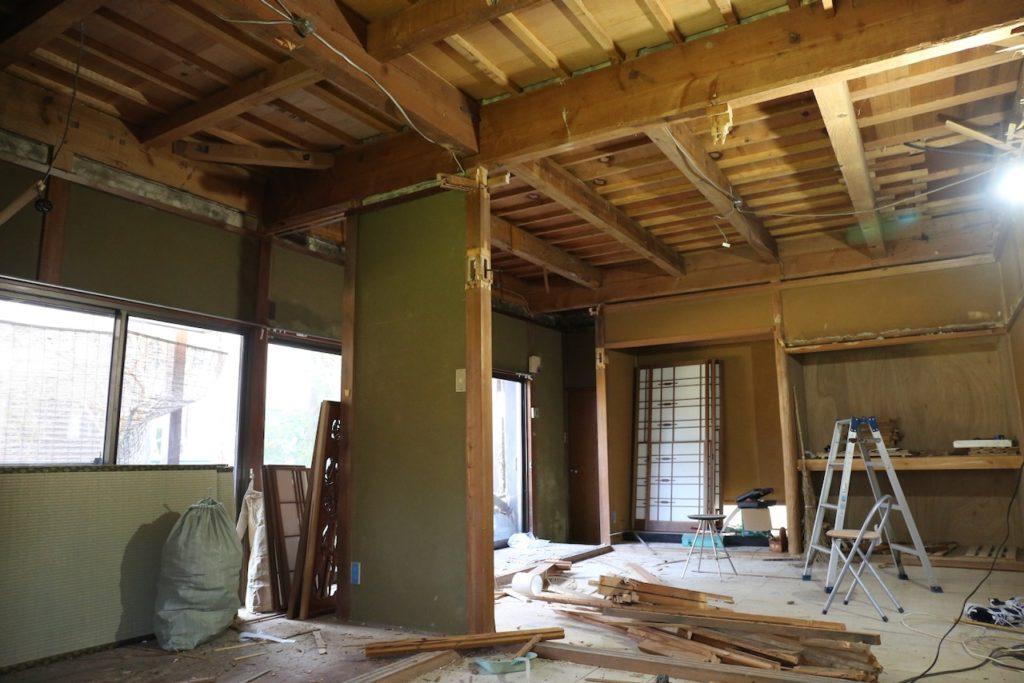 和室の吊束と吊り天井とをDIYで撤去する