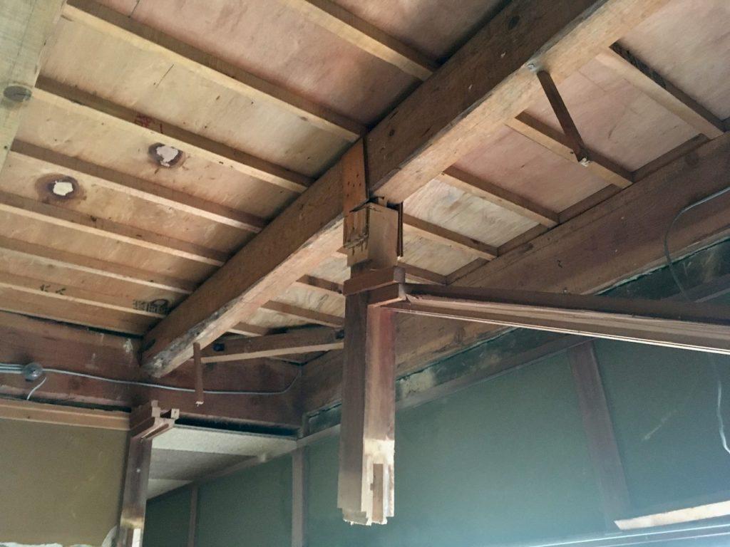 和室の吊束をDIYで撤去する。