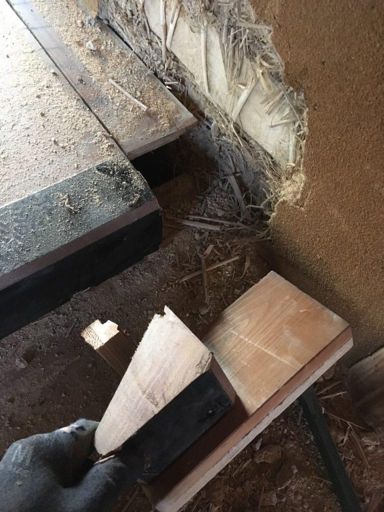 床框と床板をDIYで外す