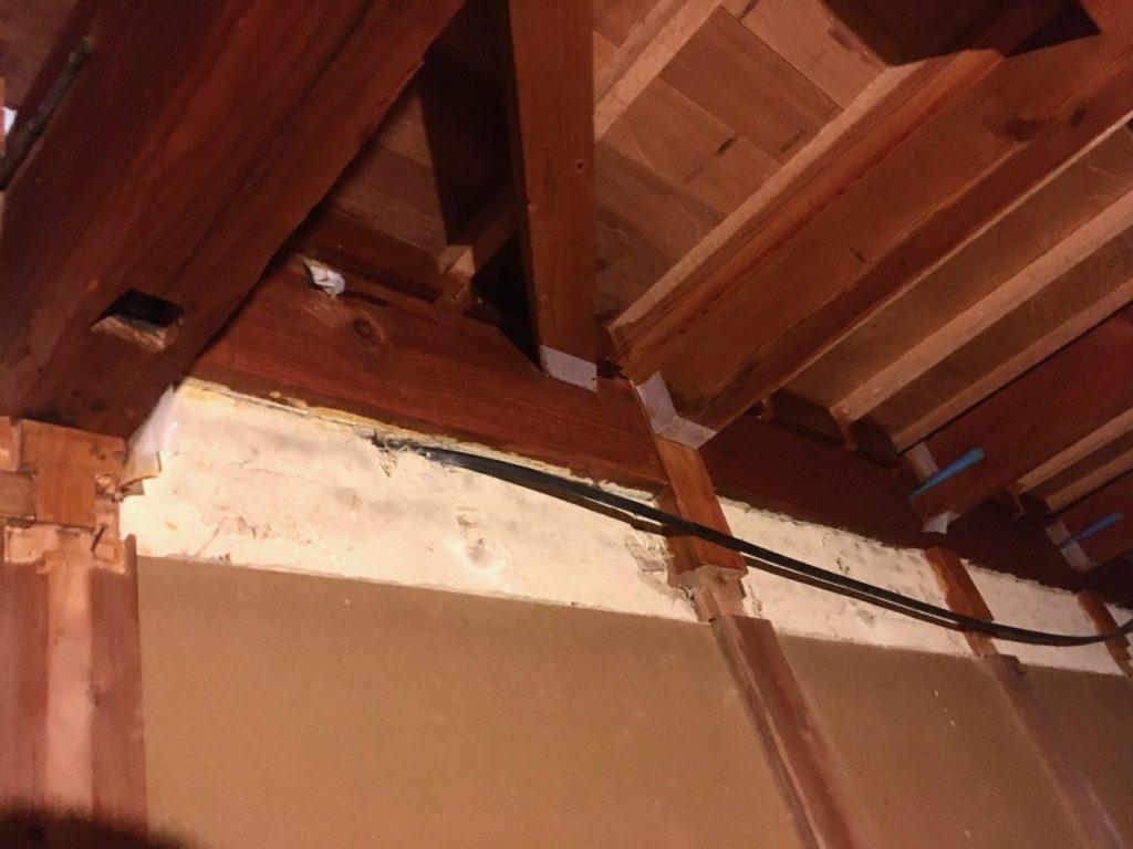 DIYリノベーションでお願いした電気工事で、既存配線を整理してもらいました。