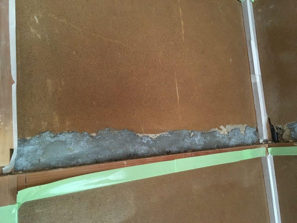 長押の裏をモルタルで補修したら大失敗した