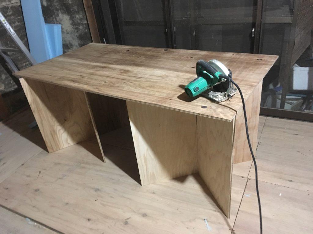 【格安DIY】DIY用のおりたたみ作業台を簡単に自作してみました。誰でもできます。