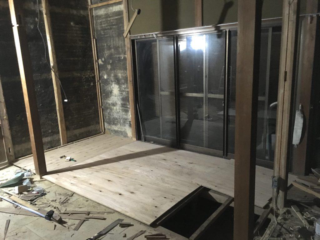 【DIY】薪ストーブ設置に向けて床を補強する