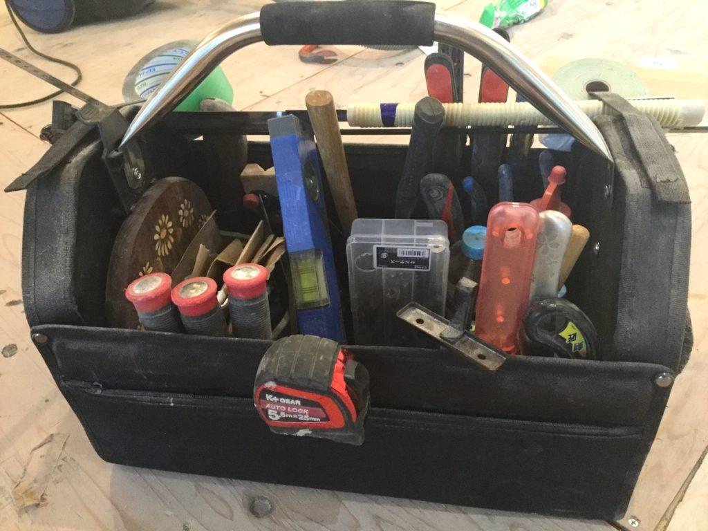 ツールキャリーを導入したら、工具箱よりもずっと便利だった。