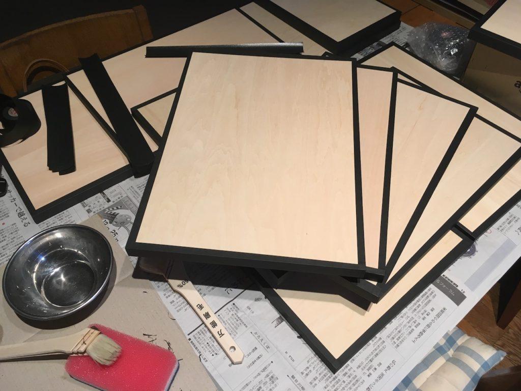 水貼りテープで写真パネルを格安で自作する方法