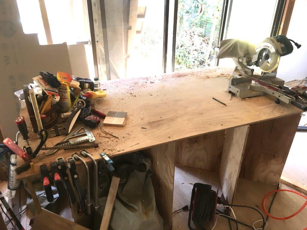 DIY用に作業台(ぺけ台)を自作する。